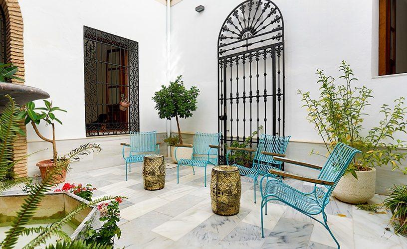 patio y fachada leiva - Urban Vida